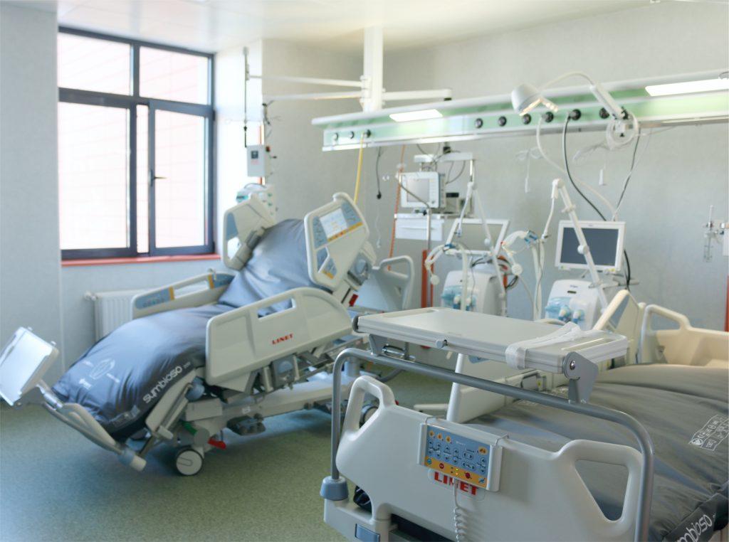 service echipamente medicale